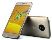 SmartphoneMotoG5.generacepřinášíneomezenývýkonvpodmanivémdesignu