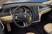 Teslakonečněvydáváupdatejádrasvéhofirmwaru